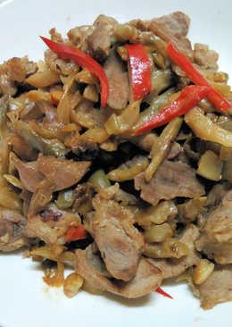 榨菜炒豬腱