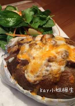 芝士沙朗牛排烤馬鈴薯 Sirloin Steak & Cheese Baked Potato