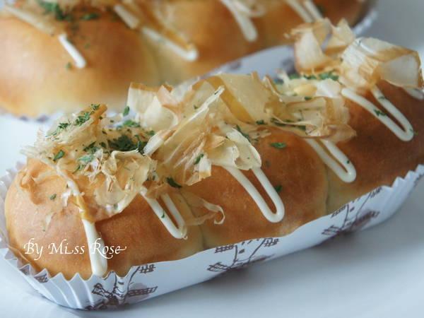 鮪魚小丸子麵包