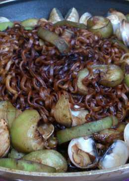 韓式炸醬麵炒蛤蜊絲瓜