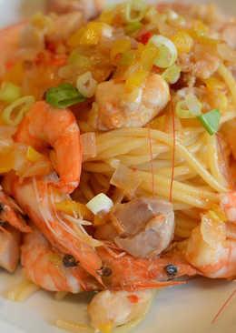 Xo干貝醬辣炒海鮮義大利麵。鮮味與辣度的美味平衡!