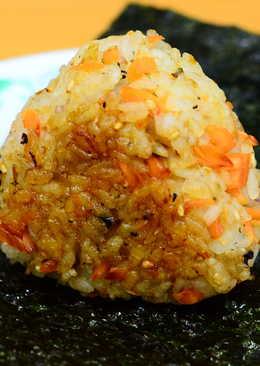 日式鮭魚烤飯糰