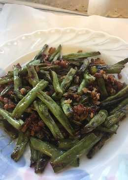 乾扁四季豆 Deep Fried Green Beans with Minced Pork