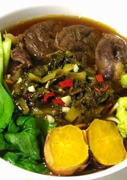 酸菜紅燒牛肉麵