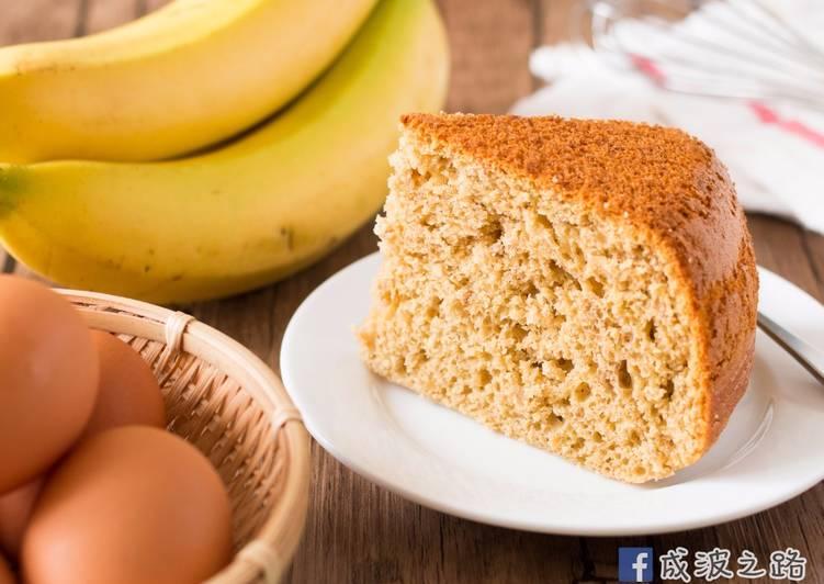 【影片】電鍋烤蛋糕:3種材料香蕉蛋糕