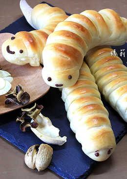 奶茶卡士達毛毛蟲麵包