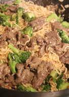 花椰菜牛肉泡麵