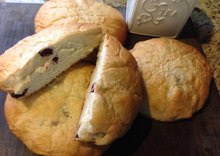 Yogurt Cranberries Raisin Walnuts Soft Bread-優格葡萄乾蔓越莓核桃軟麵包❤!!!