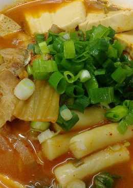 韓式泡菜豆腐年糕湯