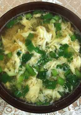 日式韭菜蛋花味噌湯