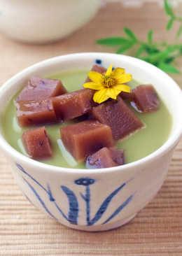 【家樂福廚房】抹茶牛奶紅豆年糕湯