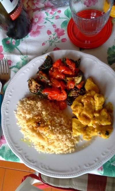 Cuscus con bocconcini di pollo e verdure
