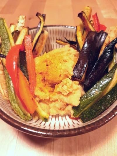 Hummus alla senape e verdure croccanti