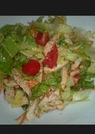 Insalatona di pollo e verdure
