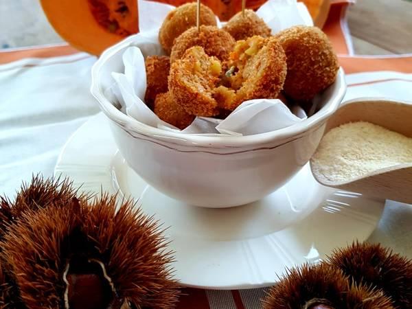 Polpettine zucca castagne e gorgonzola