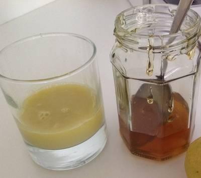 Preparato di miele e zenzero per tanta salute