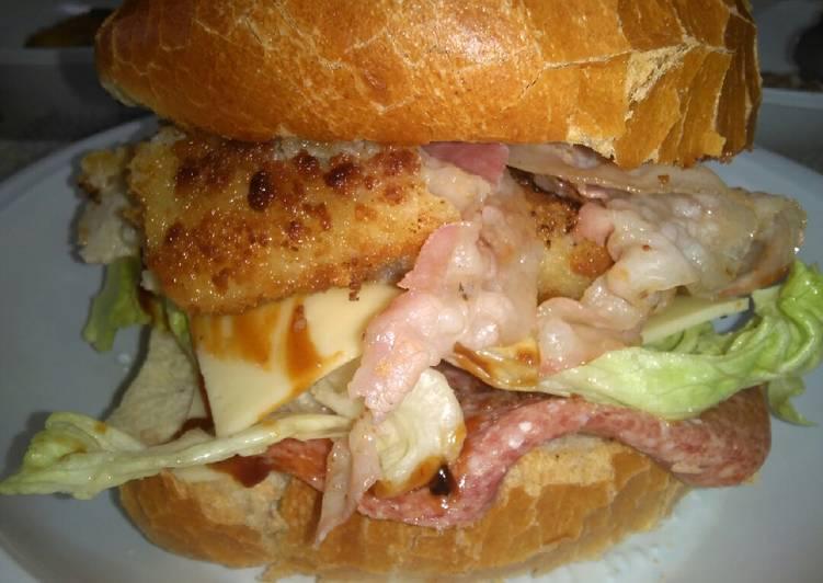 Ricetta Panino Goloso Con Hamburger Di Pesce Di Pinella Spada