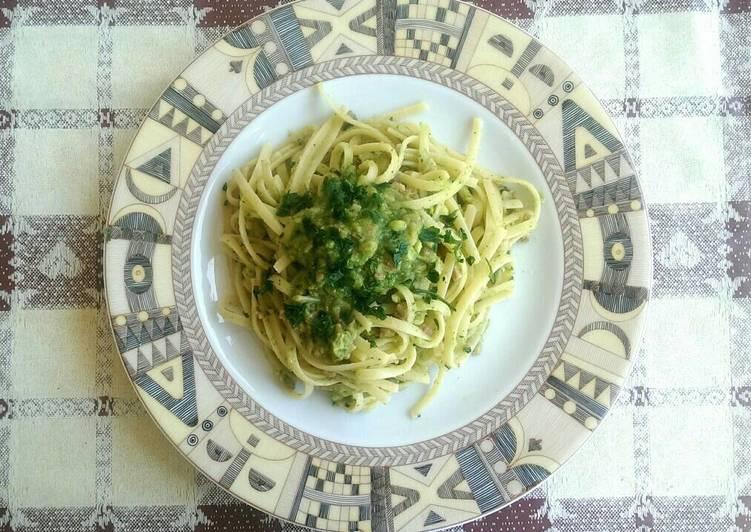 Pasta pancetta e crema di zucchine