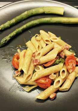 Penne agli asparagi con pancetta croccante