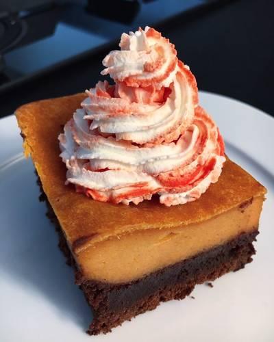 Pumpkin Pie rivisitata🎃 -Torta di Zucca con base di brownies