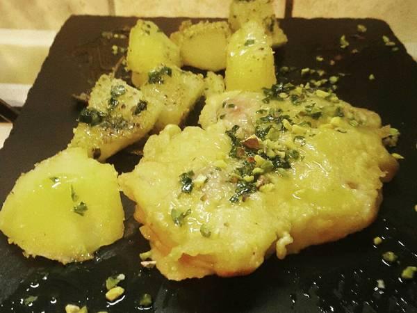 #pollo allo zafferano con #patate brise' #cookpad #ciaksicucina