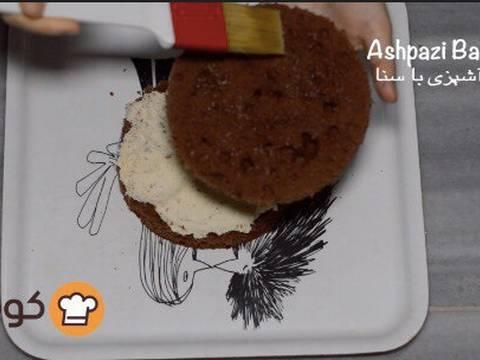 مراحل دستور آموزش پایه ای و اصولی خامه کشی اولیه کیک برای انواع تزیینات روی کیک عکس 10