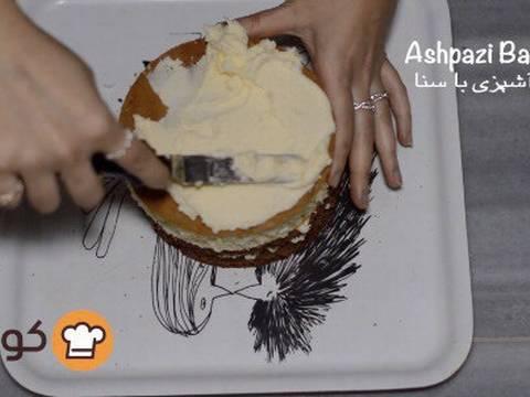 مراحل دستور آموزش پایه ای و اصولی خامه کشی اولیه کیک برای انواع تزیینات روی کیک عکس 12