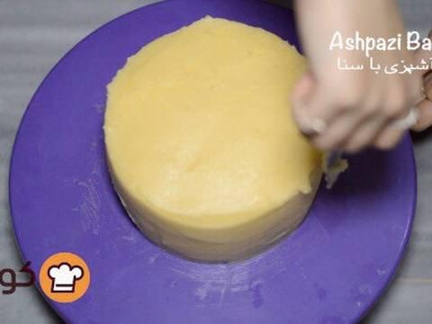 مراحل دستور آموزش پایه ای و اصولی خامه کشی اولیه کیک برای انواع تزیینات روی کیک عکس 17