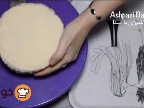 مراحل دستور آموزش پایه ای و اصولی خامه کشی اولیه کیک برای انواع تزیینات روی کیک عکس 15