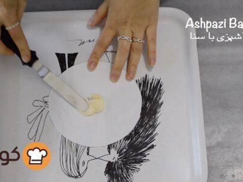 مراحل دستور آموزش پایه ای و اصولی خامه کشی اولیه کیک برای انواع تزیینات روی کیک عکس 6