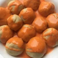 Húsos krumpligombóc recept mártásban
