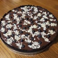 Sütés nélküli csokoládés-epres pite