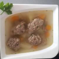 Májgombóc leves