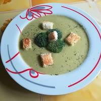 Brokkoli krémleves