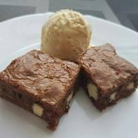 Nutellás-fehér csokoládés brownie