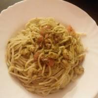 Garnélás-pestós spagetti