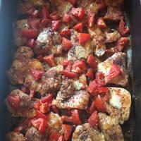 Mozzarellás paradicsomos (caprese) csirkemell