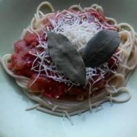Spagetti recept pikáns paradicsomszósszal