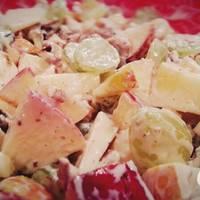 Waldorf saláta recept csirkével