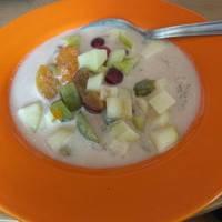 Nyári gyümölcsleves recept főzés nélkül