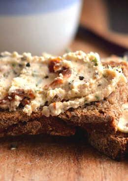 Aszalt paradicsomos, mascarponés szendvicskrém