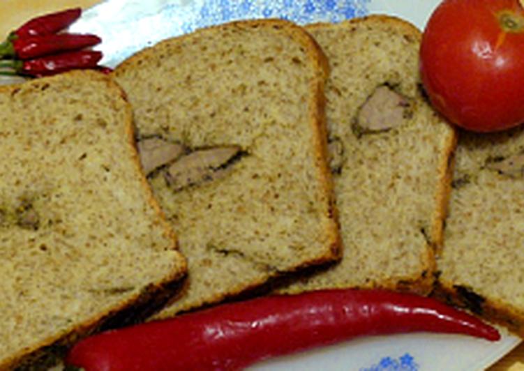 Májjal töltött fokhagymás kenyér