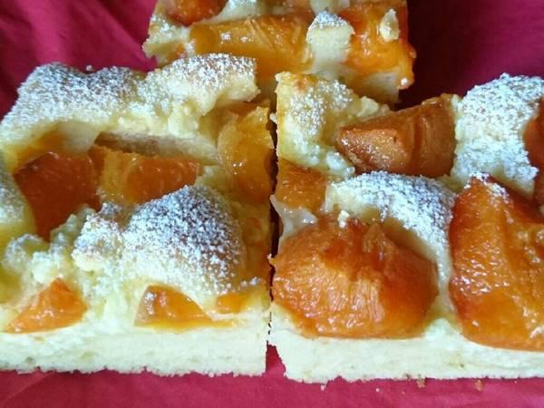 Sárgabarackos-túrós sütemény