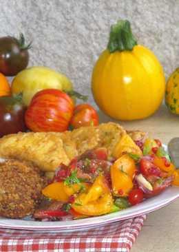 Paradicsom- salsa- rántott- hússal- patiszonnal és cukkinivel