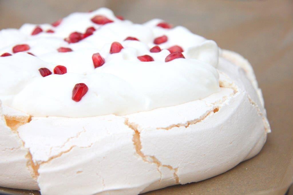Klasszikus pavlova torta recept főfotó