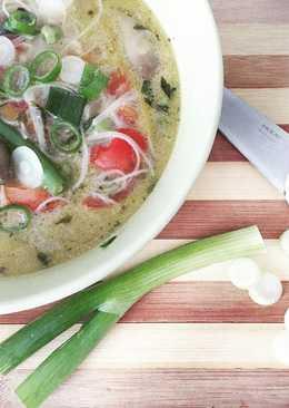 Thai zöldségleves rizstésztával