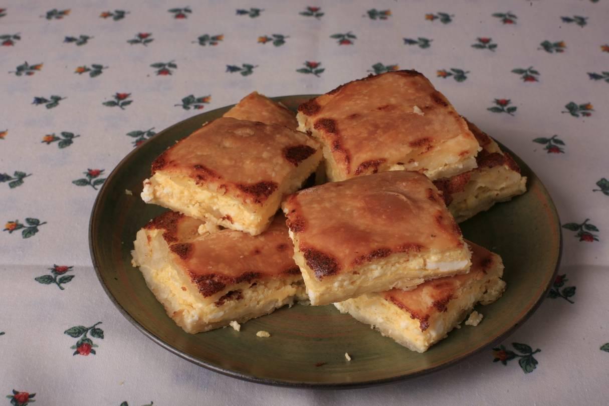Sajtos sütemény recept, avagy Pate cu brânză főfotó