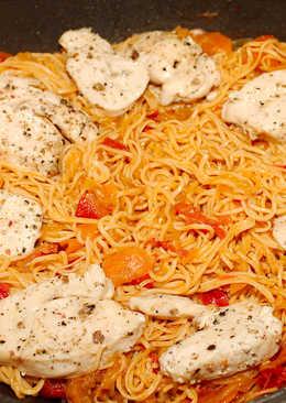 Cukkinis-répás pirított noodle recept csirkemellel