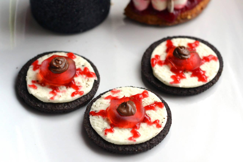 Halloween Oreo szemgolyó keksz recept főfotó