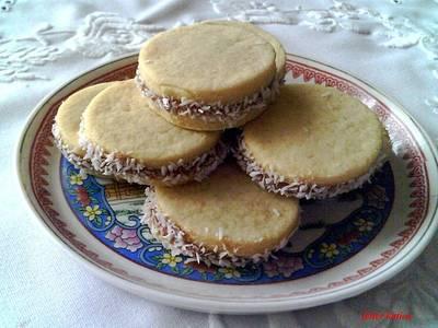 Teasütemény karamellizált tejkrémmel (Alfajores)